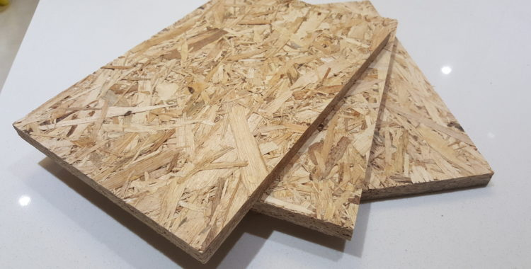 HARDWOOD ORIENTED STRANDED BOARD
